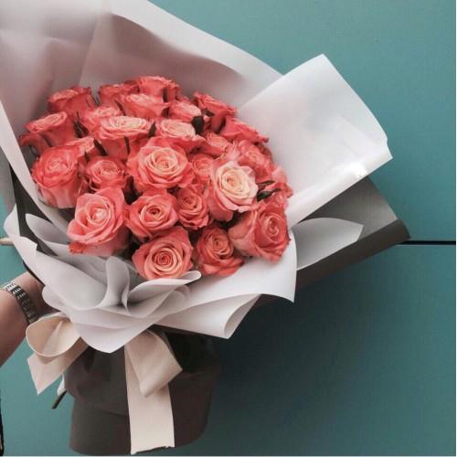 Купить на заказ Букет из 31 розовой розы с доставкой в Абае