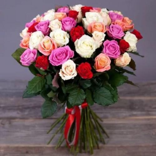 Купить на заказ Букет из 31 розы (микс) с доставкой в Абае