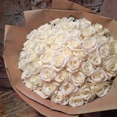 Купить на заказ Букет из 101 белой розы с доставкой в Абае